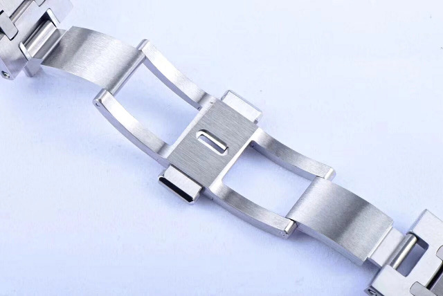 Audemars Piguet Royal Oak Deployant Clasp
