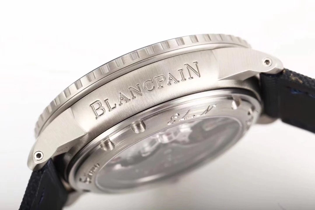 BLANCPAIN Engraving on Case