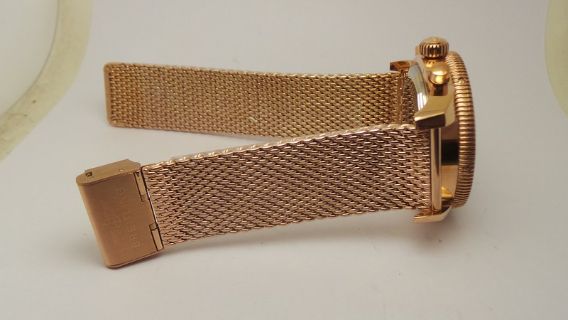 Replica Breitling SuperOcean 18K Rose Gold Meshed Bracelet Watch Review