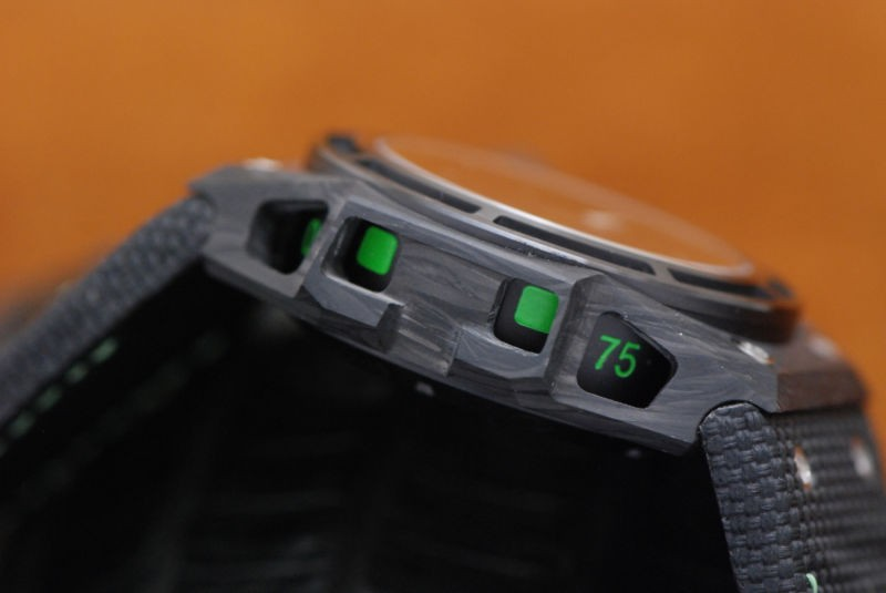 Linde Werdelin Spidolite Tech II Green Buttons