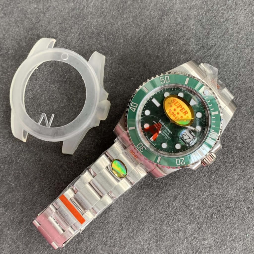 Noob V10 Submariner Now Available