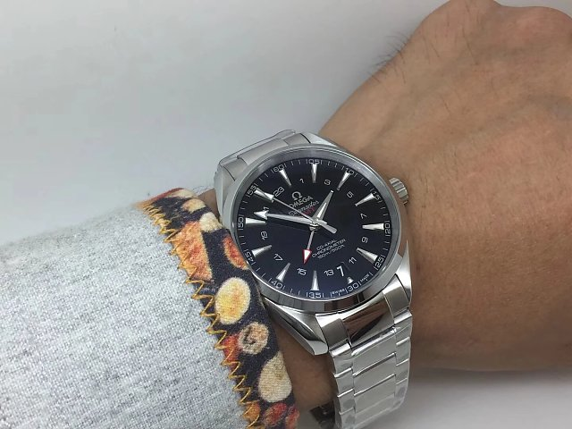 VS Factory 1:1 Replica Omega Seamaster Aqua Terra 150m GMT Watch with Super Clone 8605 Movement