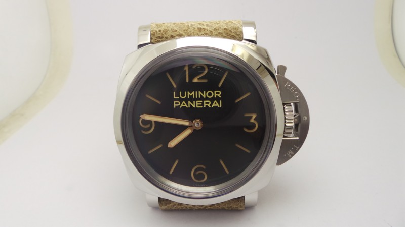 Panerai Luminor 1950 PAM 372 Replica