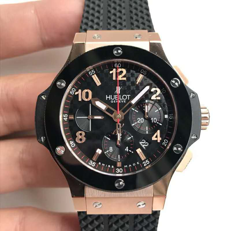 Replica Hublot Big Bang Rose Gold with Black Rubber Strap
