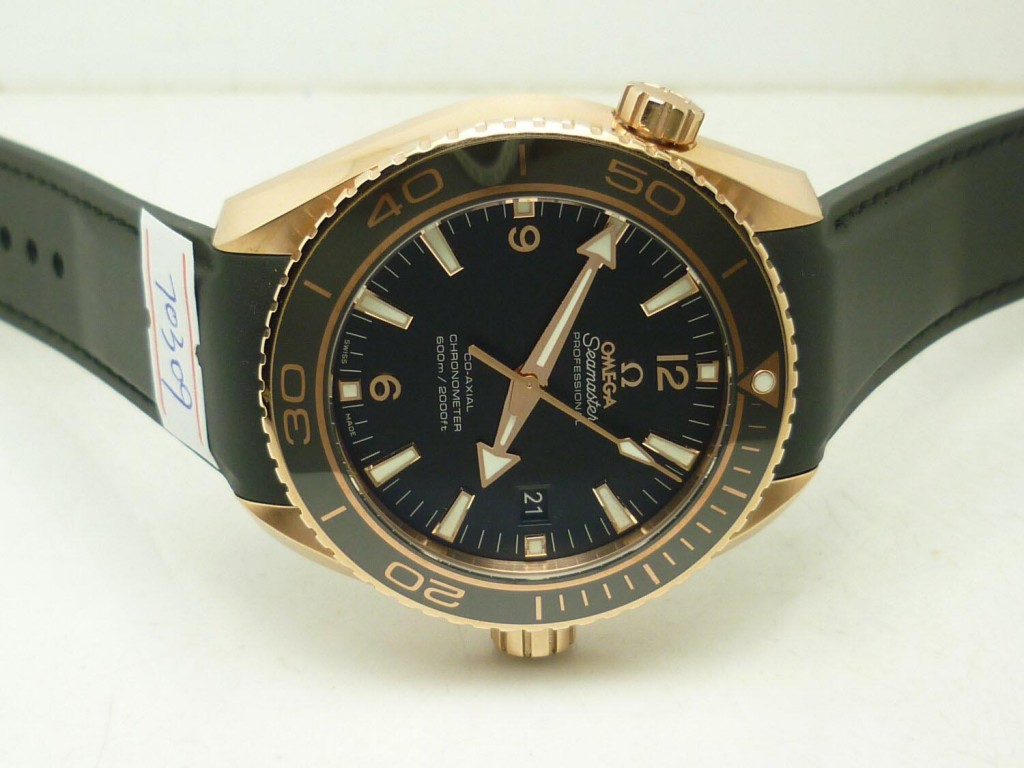 Replica Omega Planet Ocean Rose Gold Watch