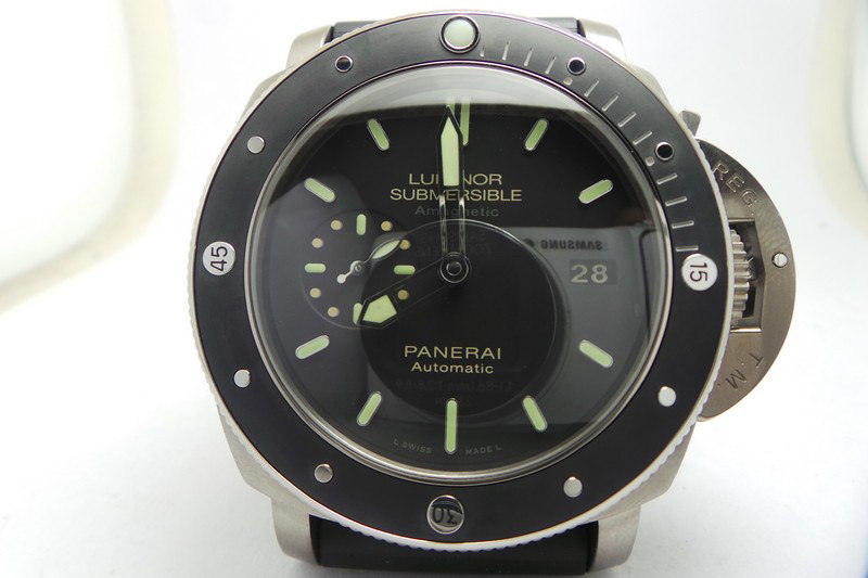 Replica Panerai Luminor Submersible PAM 389 Titanium Watch