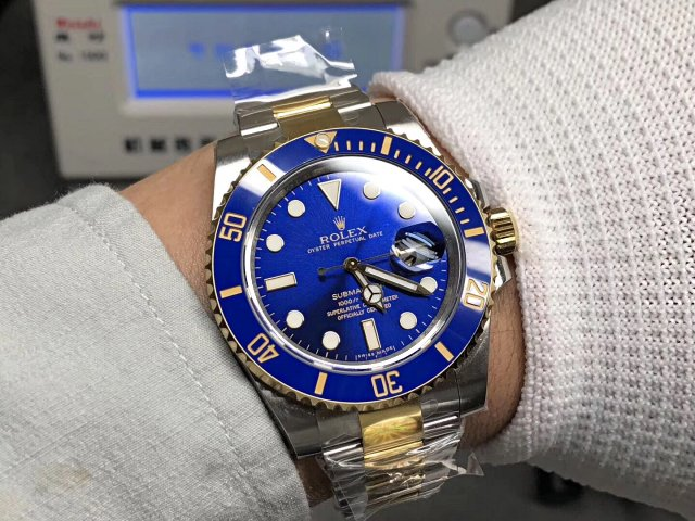 AR Factory Replica Rolex Two Tone Blue Submariner 116613 with 904L Stainless Steel Case Super Clone 3135