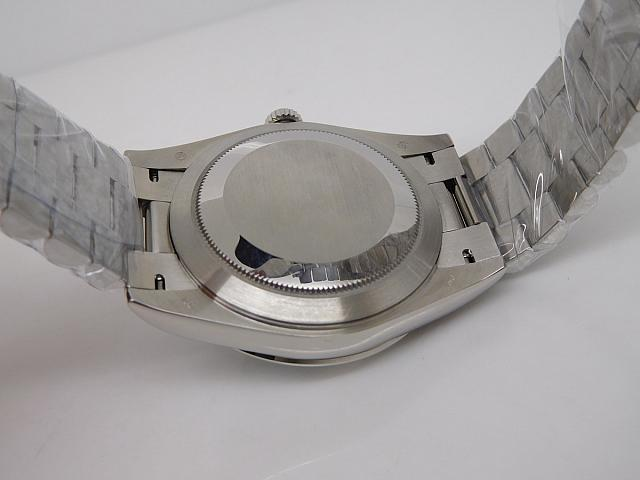 Replica Rolex 228206 Case Back