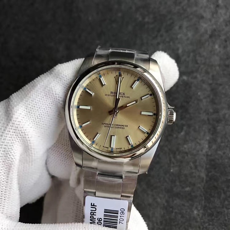 Replica Rolex Oyster Perpetual 114300 Champagne Dial