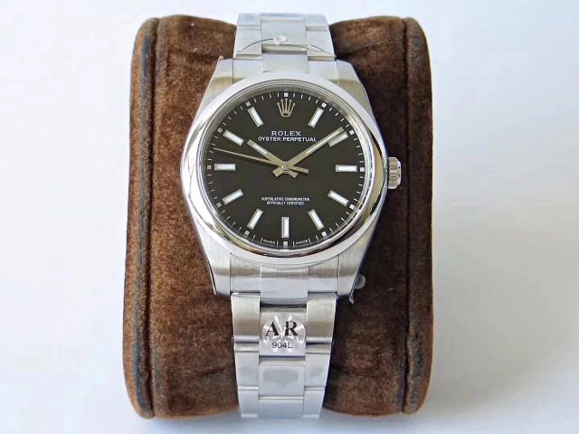Rolex Oyster Perpetual 114300 Black