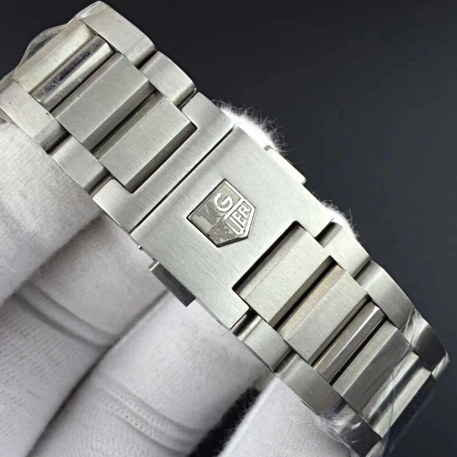 Tag Heuer Logo on Bracelet