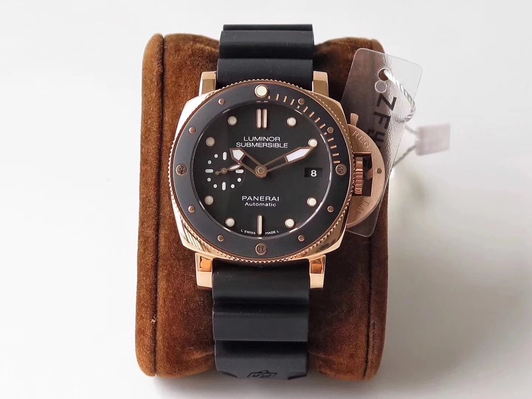 Z Factory Replica Panerai Luminor Submersible PAM 684
